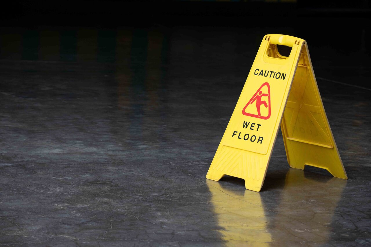 6 Tips to Help Prevent Slips, Trips and Falls - Grainger KnowHow